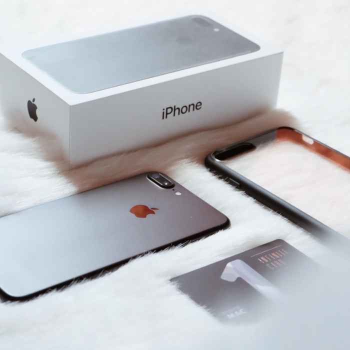 256GB Matte Black iPhone 7 Plus — REDdefines