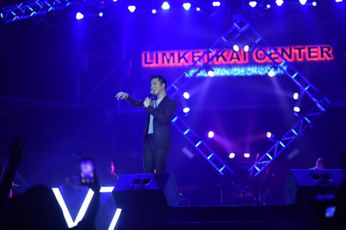 Vivo local endorsers KZ Tandingan, TJ Monterde wow fans in CDO