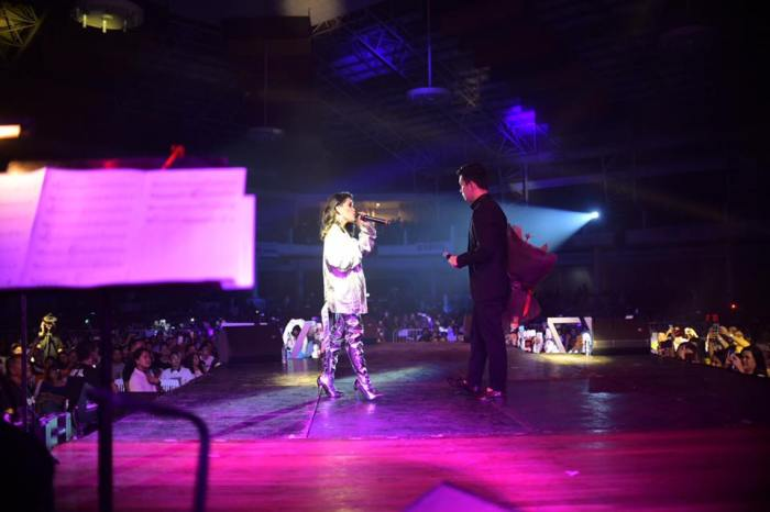 TJ and KZ showed undeniable musicality and chemistry during their post-Valentine's Day concert in CDO.